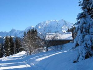 Montaña de Mont Blanc en invierno