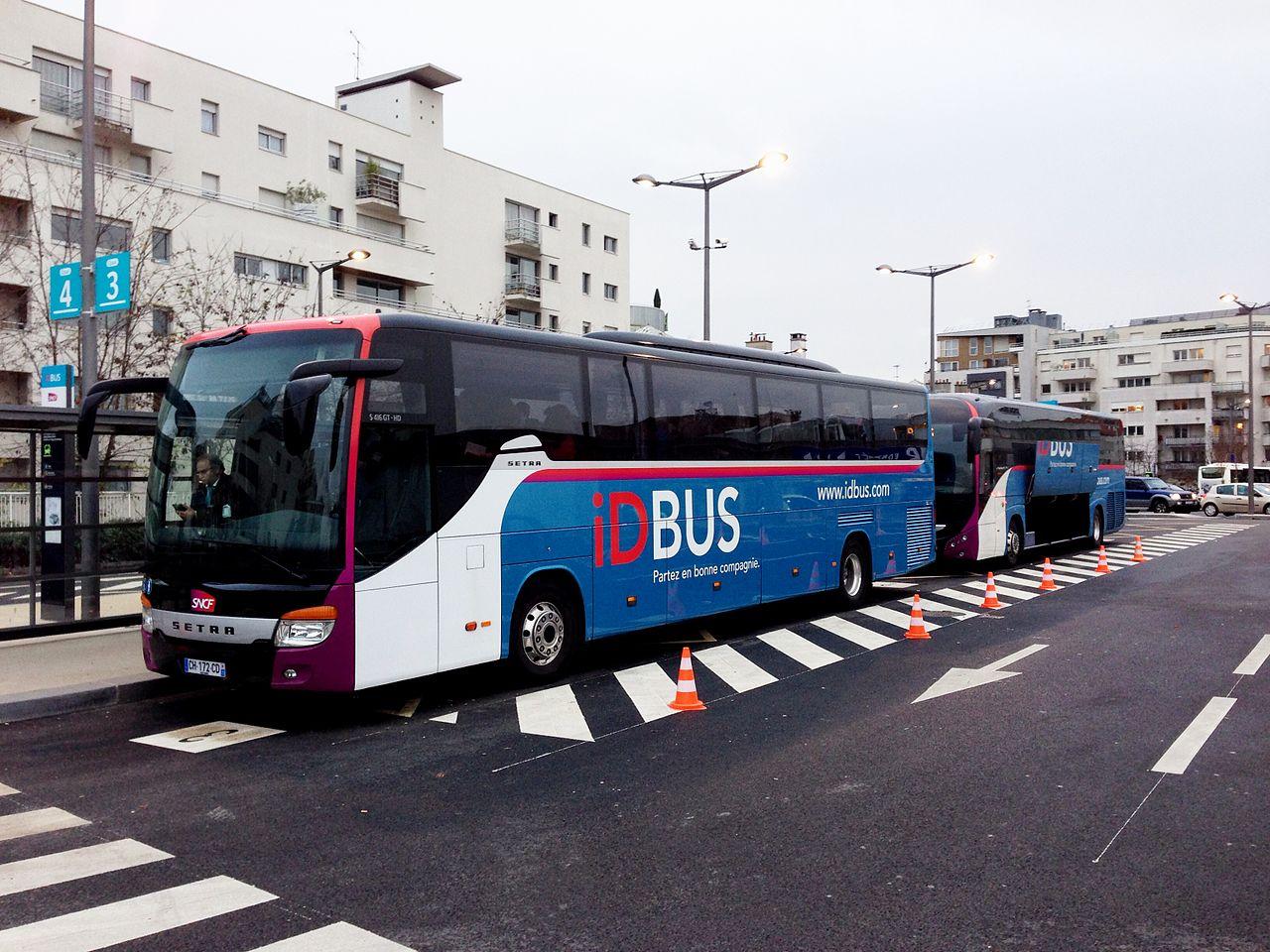 autobuses en francia viajar a francia. Black Bedroom Furniture Sets. Home Design Ideas