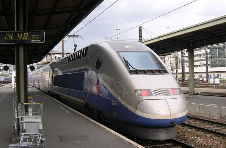 Tren de Lyon