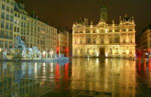 Iglesias en Lyon