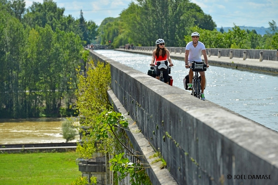 Canal-Garonne-From-Bordeaux-to-Toulouse-1