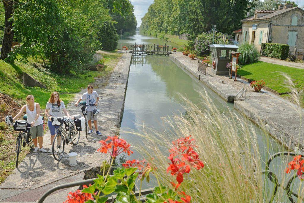 canal-garonne-ecluse-lagruere